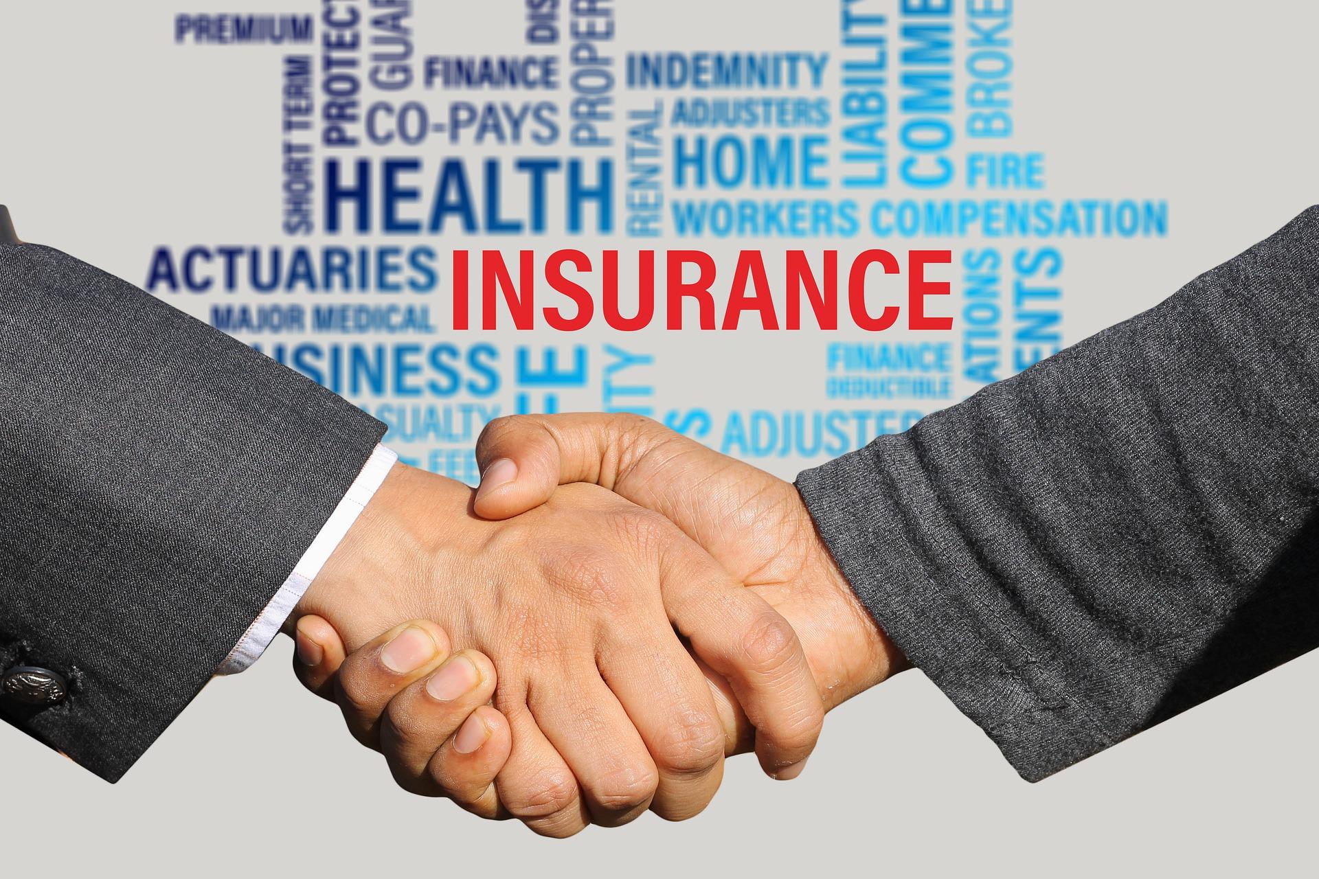 入る必要無し!貯蓄型保険と医療保険の契約を解除した話