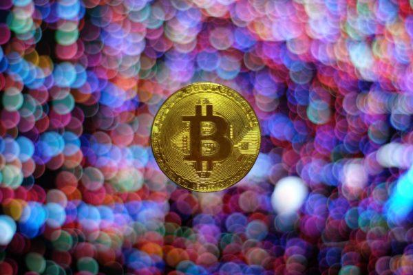 【投資】ビットコインは金市場を奪うのか?【将来性】