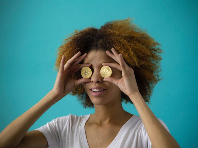 ネクストビットコインを探せ!ICOとは?クラファンとの違いを解説