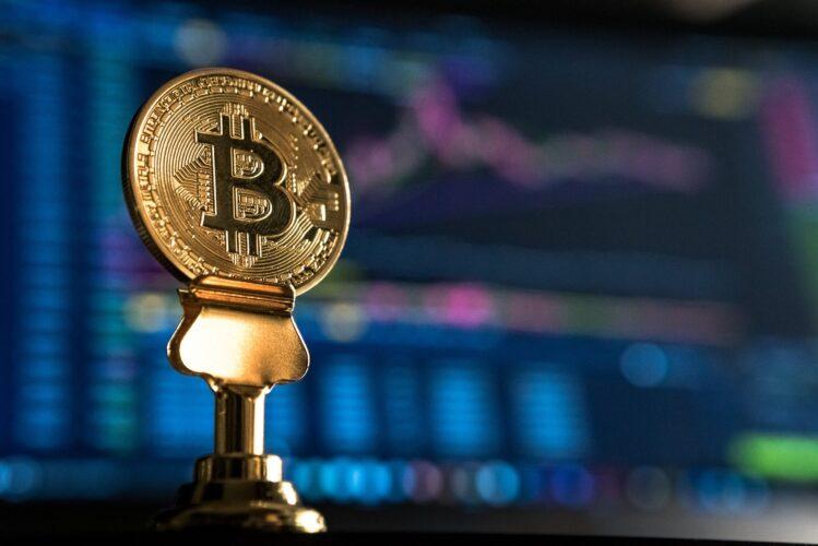 ビットコイン価格予想のカギを握る?26週EMAとは【テクニカル分析】